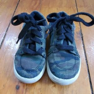 Toddler Children's Place Army sneakers 8